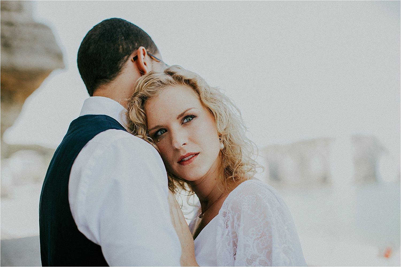 coupleshoot in etretat, france