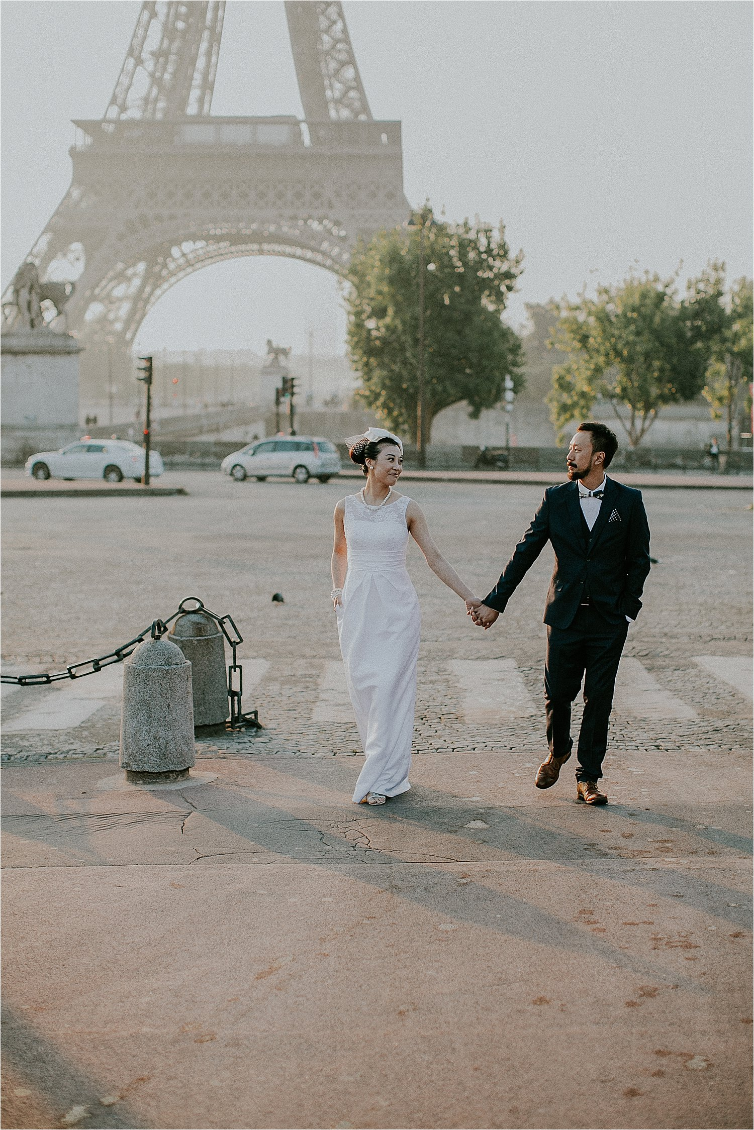stylish pre wedding shoot in paris, france