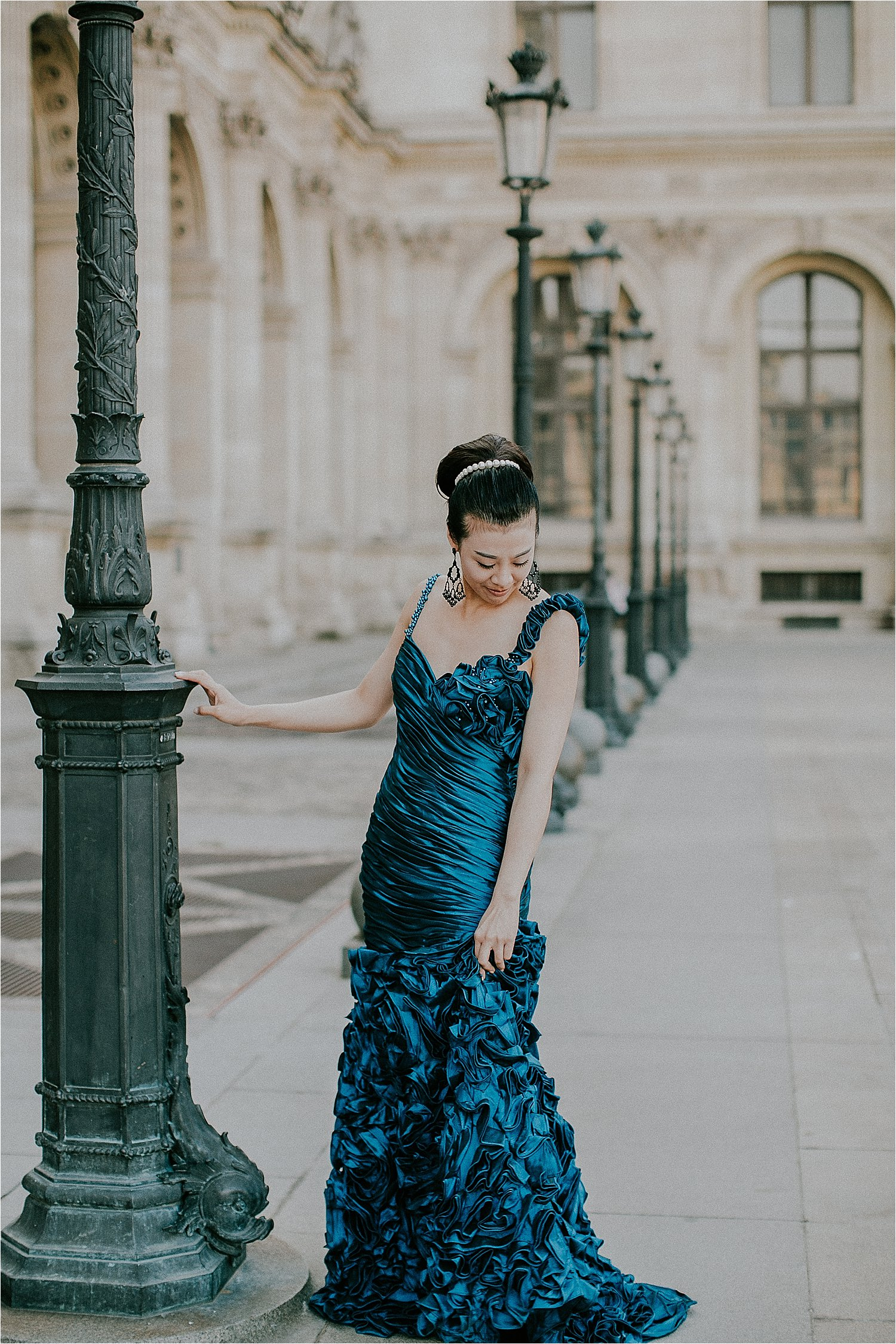 stylish koppelshoot in paris, france