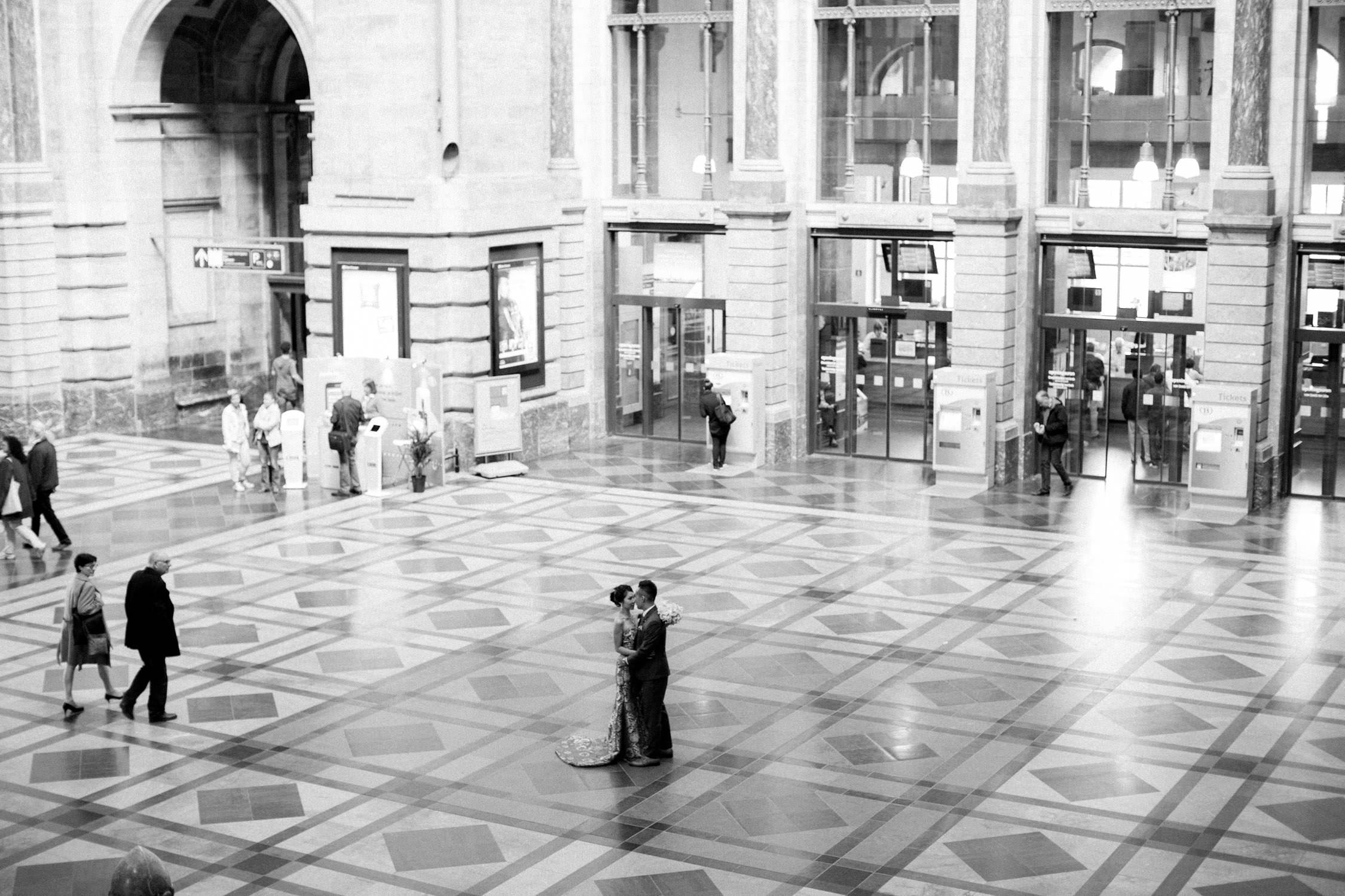Huwelijksfotograaf Antwerpen, Centraal Station