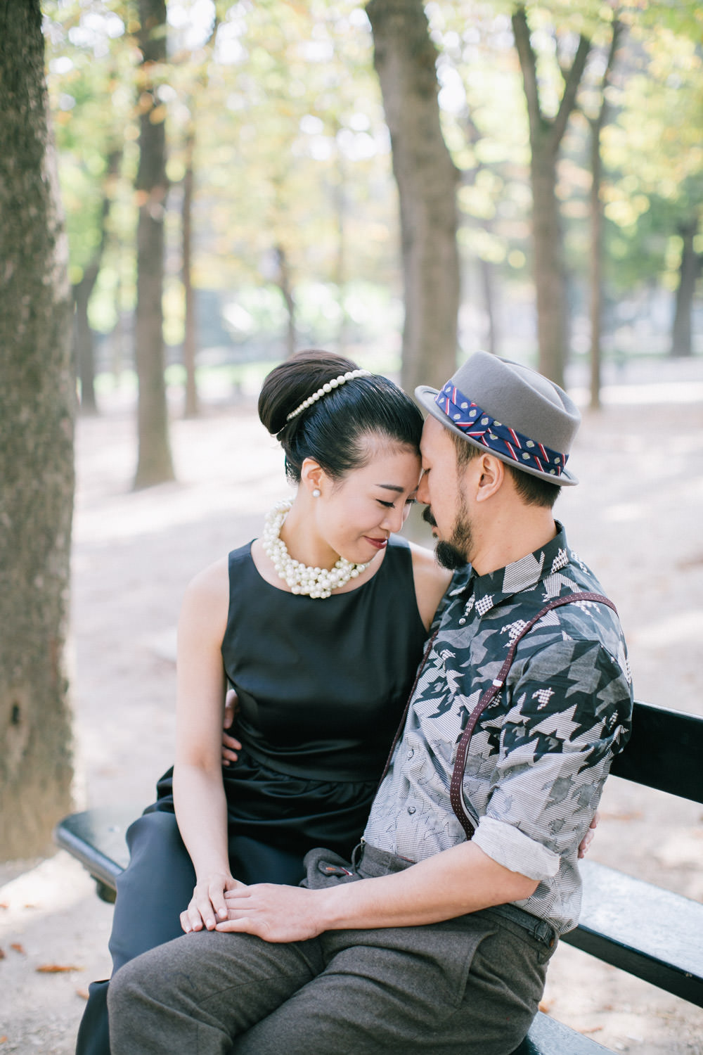 Asian couple, Pre wedding photography Jardin du Luxembourg, Paris