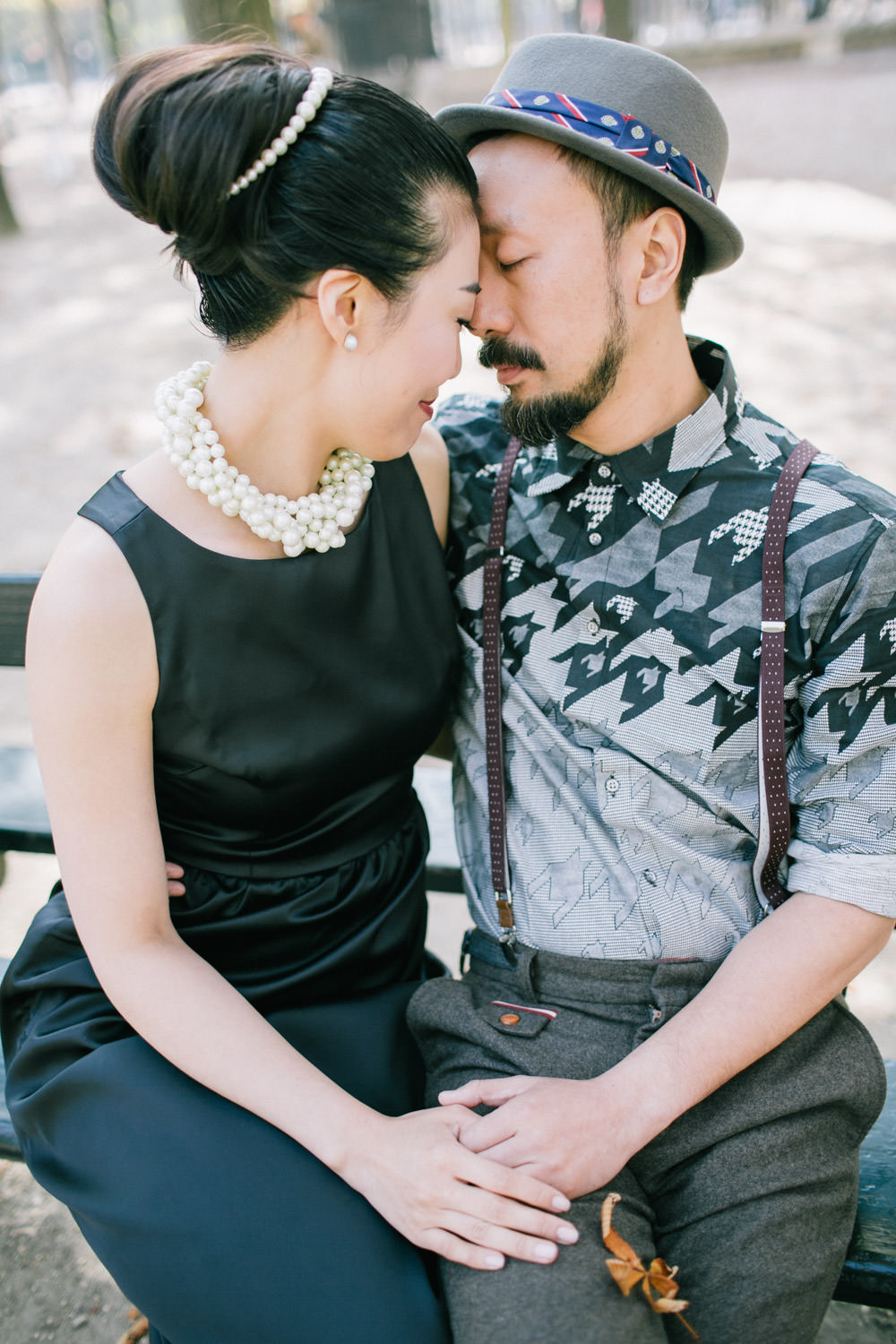 Asian couple, Pre wedding photographer Jardin du Luxembourg, Paris
