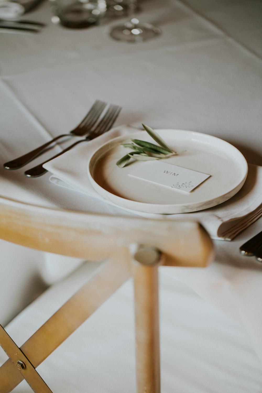 Tafelaankleding huwelijk Hoeve Engelendael, Sint-Laureins